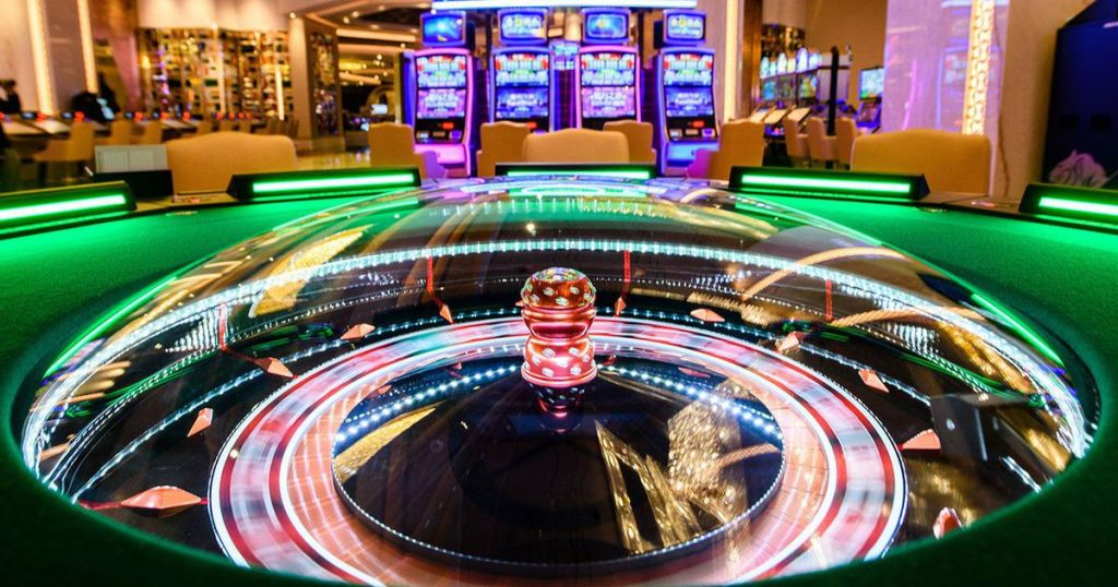 What Are The Factors You Need To Check Before You Play Online Casino Games?